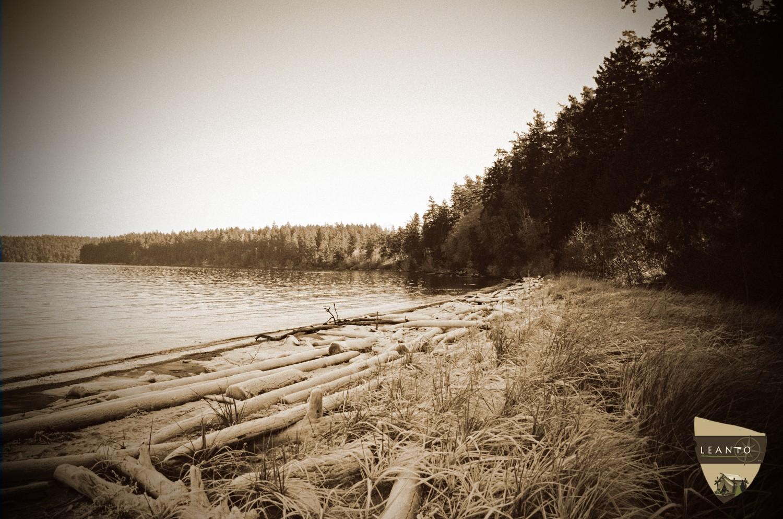 LEANTO Off-season camping Washington State